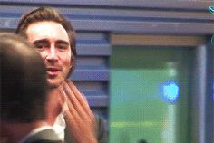 Lee Pace blowing kisses to fans while leaving the after party for the Los Angeles premiere of Twilight: Breaking Dawn 1, November 15, 2011. gif.