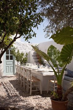 Serendipity Patmos – Patmos, GreecePhotography: Yiannis Hadjiaslanis, from Once in a Lifetime Vol. Design Exterior, Interior And Exterior, Outside Living, Outdoor Living, Terrasse Design, Outdoor Spaces, Outdoor Decor, My Dream Home, Outdoor Gardens