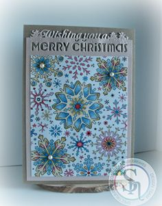 Gaynor Greaves - Holiday colourista pad - Gaynor Greaves - colourista pens Ivory - maple - periwinkle - cobalt - rose - flame red @spectrumnoir @crafterscompuk #spectrumnoir #colorista #cardmaking