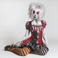 "3,220 Me gusta, 60 comentarios - Tesa Ellis (@tesazombie) en Instagram: ""Photo by: @softfocusprod /@justanotherartmajor Clown is me ☺"""