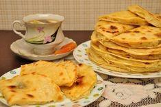 Фото к рецепту: Кыстыбый - вкусные татарские лепешечки с картошкой-пюре