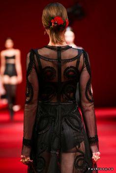 Красота в деталях: Dolce & Gabbana Весна-Лето 2015