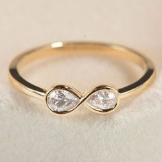 Diamond Infinity Ring in 14k White Gold,Unique Diamond Engagement Ring,Unique Engagement Ring for her,Promise Ring,Wedding Ring,Valentine's
