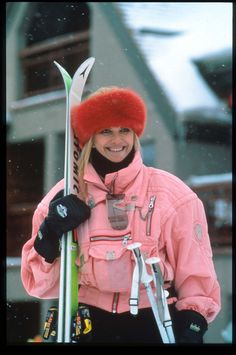 Former model, socialite and yes, Olympic skier, Ivana Trump doesn't shy away from an opportunity to wear stand-out colors in Aspen. Aspen Ski, Aspen Colorado, Apres Ski Outfits, Vintage Ski Jacket, Ivana Trump, Ski Bunnies, Vintage Sportswear, Ski Wear, Estilo Retro