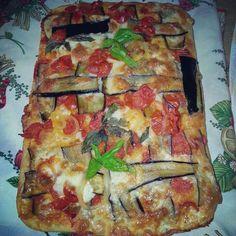 Pizza alla parmigiana. .♥..#pizza#cucinaitaliana#napoli#food#good#giallozafferano#masterchef#kitchen#love