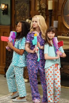 """""""Slumber Party-A-Rooney""""- Liv throws a sleepover to help Ruby and her co-star Priya become better friends. Meanwhile, Joey meets a new nemesis and Parker"""