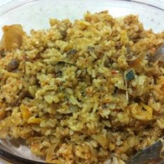 Tired of the same old fried rice? Mix it up and make kimchi bokkeumbap, or kimchi fried rice, for dinner tonight! Carrot Recipes, Rice Recipes, Beef Recipes, Great Recipes, Chicken Recipes, Cooking Recipes, Recipies, Favorite Recipes, Healthy Side Dishes