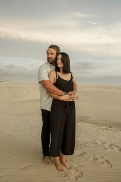 couple shoot dessert sand dunes photography engagement shoot Tabu, Couple Shoot, Engagement Shoots, Couple Photography, Dessert, Couples, Wedding, Fashion, Valentines Day Weddings