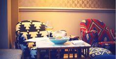 Le Fish Club, Ouvert uniquement le soir du mardi à samedi 58 rue Jean-Jacques Rousseau, 75001 Paris Il y a une terrasse ! Tél: 01 40 26 68 75