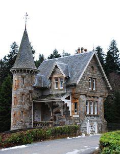 Gatehouse to Ardverikie House