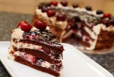 23 European Desserts you MUST try before you die! Chocolate Shavings, Chocolate Cake, Famous Desserts, Biscuits, German Desserts, Taste Made, Cherry Cake, Valspar, Homemade Cakes