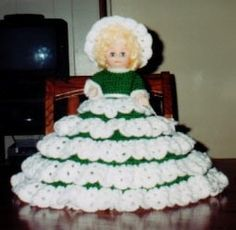 Carolineis a crochet bed doll pattern by Ricochet 1950. I originally found at Sadly, this site is no longer available. I hope shedoesn'tmind me sharing her beautiful patterns. I have not actua...