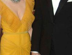 Πασίγνωστη ηθοποιός παντρεύτηκε 10 χρόνια μετά τον θάνατο του συζύγου της! Αποκαλύπτει όλα τα μυστικά τους… – Mauroslukos.gr Free Jigsaw Puzzles, Wrap Dress, Formal Dresses, Fashion, Dresses For Formal, Moda, Formal Gowns, Fashion Styles, Formal Dress