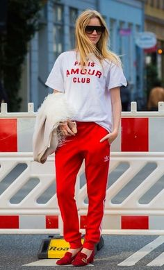 In Adidas pants and Gucci shoes best sporty mixed combo ever street style from Copenhagen fashion week by style du monde Copenhagen Style, Copenhagen Fashion Week, Street Style 2017, Spring Street Style, Cool Street Fashion, Street Chic, October Fashion, Next Clothes, Red Pants