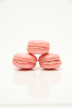 Friday fun with #macarons!