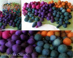 Käsinvärjättyjä huopapalloja syys/talvi 2014/2015 koruihin. Felt balls for jewelry autum/winter 2014/2015 #jussakka #colors #huopa #felt #koru #jewelry #kasityokortteli https://www.facebook.com/pages/JUSSAKKA-Oda-K/173696896121402