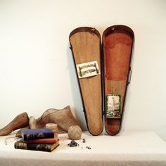 Love an old violin case...