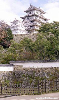 Photo, exterior, keep pond · Himeji Castle · Donjon, Himeji City, Japan