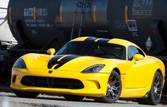2013-SRT-Viper-Race-Yellow-Luxury-Auto-Direct (600)