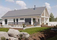 Lato messutalo Jyväskylä 2014, huoneistoala 122,5 m2 Modern Barn, Farmhouse Style, House Plans, Garage Doors, Sweet Home, Floor Plans, Exterior, Outdoor Decor, Barn Houses