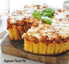 Ingredients: 1lb. of Botticelli rigatoni 3 tablespoons olive oil 1lb. ground beef (Optional) 2 garlic cloves, minced 1 can Botticelli crushed tomatoes Salt 1 cu