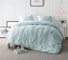 Shop at DormCo for our Hint of Mint Pin Tuck Twin XL Comforter. Dorm bedding should add to your dorm room decor while adding plenty of comfort to your dorm bed, and this Extra Long Twin Comforter does both with a light mint color and super soft fabric.