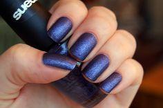 Purple nails <3 ___ <3