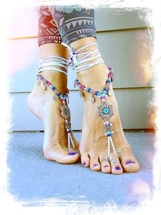 WHITE wedding BAREFOOT SANDALS Lotus Toe Thongs crochet by GPyoga