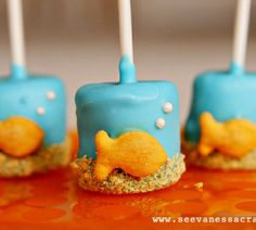 Goldfish Marshmallow Pops. Love them! Might use the cookie goldfish though instead...