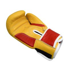 ᴇɴᴊᴏʏ ᴛʜᴇ ʙɪɢɢᴇꜱᴛ ᴅɪꜱᴄᴏᴜɴᴛꜱ ᴏꜰꜰᴇʀꜱ ᴡɪᴛʜ ʀᴇx! 🥊 🔺 Available in Pink, Green and Purple. Buy it Online 👉 ✔️ We'll give you customization services like color, logo, design, size etc. 📞 For more information contact us on WhatsApp +92-300-1688988 or give us a call. #Boxing #Boxeo #SlickSluggers #BoxingLife #BoxingTraining #BoxingGuru #BoxingFanatik #BoxingHype #BoxingFamily #SweetScience #BoxingDrills #Mittwork #Padwork #BoxingWorkout Boxing Training, Boxing Workout, Boxing Drills, Green And Purple, Yellow, Boxing Gloves, Judo, Karate, Logo Design