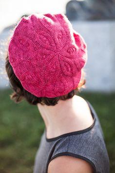 Ravelry: Pizzelle Beret pattern by Linda Permann Knit Or Crochet, Crochet Hooks, Knitting Yarn, Baby Knitting, Ravelry, How To Purl Knit, Knitting Accessories, Beret, Knitted Hats