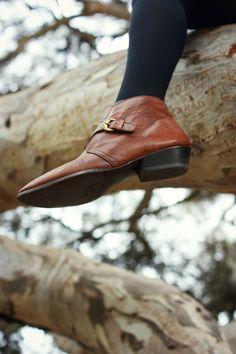 Vintage Etienne Aigner Ankle Boots | finchandfawn.blogspot.com