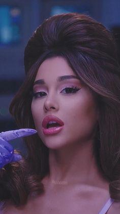 Ariana Grande Fotos, Ariana Grande Music Videos, Ariana Grande Photoshoot, Ariana Grande Cute, Ariana Grande Outfits, Ariana Grande Pictures, Ariana Grande Background, Ariana Grande Wallpaper, Danse Twerk