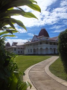 The Royal Palace within Tonga's Abode Of Love - A walk around Nuku'alofa, taking in the sights of the capital of the Kingdom http://jouljet.blogspot.com/2014/09/tongas-abode-of-love.html #Tonga #travel #Pacific