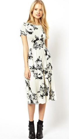 Love this print. Short Sleeve Floral Dress