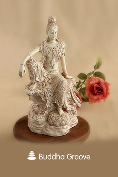 "Small Kuan Yin Figurine Buddhism Statue 3.5/"" Height"