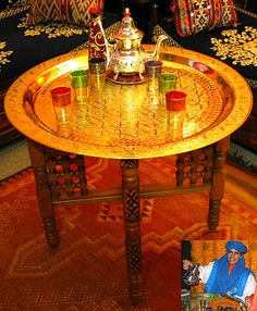 if only i could have a tea and hookah room in my home...complete with lanterns