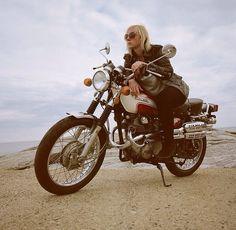 73' Honda 350 Scrambler | Lanalika MacNaughton, on Instagram