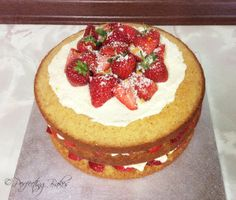 Strawberry and White Chocolate Cake - Top view