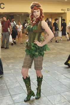 From SFG's WHO WORE IT BEST: Steampunk Poison Ivy/Steampunk Pamela Isley - DC Comics/Batman cosplay