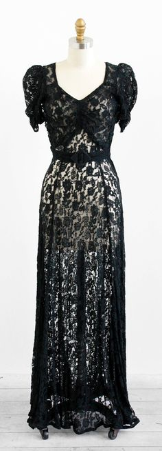 ~1930s black lace evening gown~