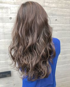 Permed Hairstyles, Wedding Hairstyles, Hair Inspiration, Long Hair Styles, Female, Model, Color, Beauty, Accessories