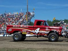 Places to be in BG: Tractor Pull