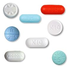 Ibuprofen is a non steroidal anti-inflammatory drug (NSAID) that inhibits hormone like substances. Best used for muscle or dental pain, exercise injuries, body & ear aches, and menstrual cramps. Tension Headache, Headache Relief, Menstrual Migraines, Remedies For Tooth Ache, Flu Symptoms, Tooth Pain, Dental Assistant, Muscle Pain