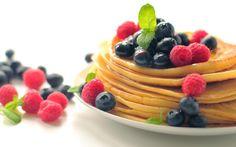 Resepti: Herkulliset proteiiniletut Pancakes, Breakfast, Food, Fitness, Morning Coffee, Meal, Crepes, Essen, Pancake