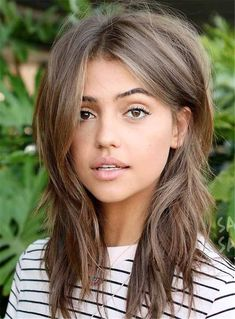 27 Medium-length Layered Hairstyles That You Want to Try Immediately ★ Cute Hair … - Hair Trends Hair Pictures, Color Pictures, Hair Images, Great Hair, Hair Lengths, New Hair, Short Hair Styles, Medium Hair Styles With Layers, Choppy Layers For Long Hair