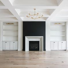 To give this family room a modern feel we painted the built ins the softest grey color along with the mantel. We then added some extra… Black Fireplace Mantels, Fireplace Tv Wall, Family Room Fireplace, Fireplace Remodel, Modern Fireplace, Fireplace Design, Fireplace Moulding, Custom Fireplace, Bookshelves Around Fireplace