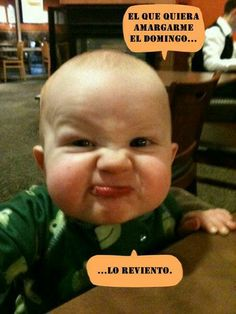 Doesn't this look like a baby Popeye? Cute Little Baby, Baby Kind, Little Babies, Baby Love, Cute Babies, Funny Baby Faces, Funny Baby Pictures, Baby Photos, Funny Kids