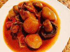 Ελληνικές συνταγές για νόστιμο, υγιεινό και οικονομικό φαγητό. Δοκιμάστε τες όλες Charleston, Stuffed Mushrooms, Plates, Snacks, Vegan, Fruit, Breakfast, Recipes, Food