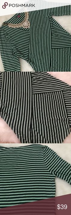 Vince Camuto Tiered Stripe Top, Size Small Vince Camuto women's top in a size small. Mint and black stripes. The front and back panels of the shirt are thick and the sleeves are thin. Very comfortable. Only worn once. The fourth picture is a stock picture to show what the shirt looks like on. Vince Camuto Tops